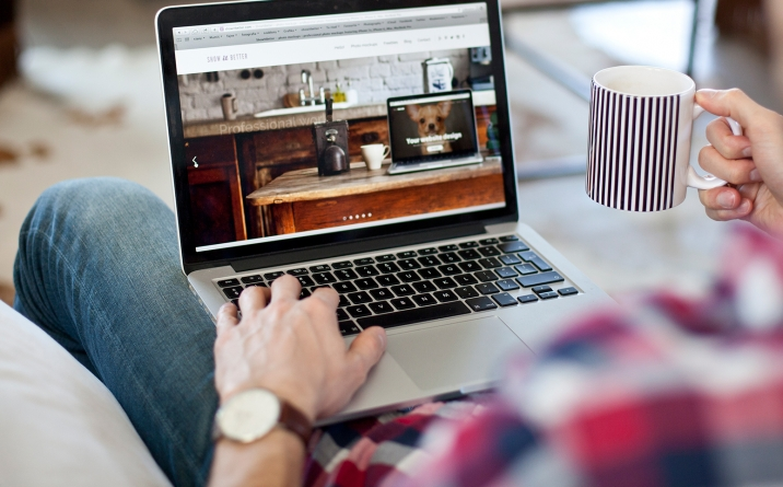 CREATIVE WEBSITES,  MULTIMEDIA & CONTENT 1